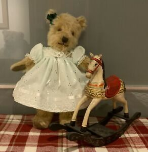 """Lovely Vintage 1940's English Chiltern Teddy Bear ' Lily ' - Approx 15"""""""