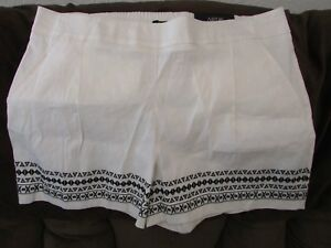 """Ladies """"Apt 9"""" Size XL, Cream, Pull On, Pleated,Embroidered, Linen, Shorts"""