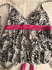 Catalina Swimsuit Top Size 12/14 Black White Gray Pink