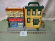 Hasbro Sesame Street Hoopers Store 123 Apartment Building Toy Pretend Play B