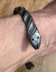 Hand forged Damascus bangle steel 10mm wide - Viking style with snakes - medium