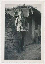 Foto Offizier EK1 Wehrmacht  vor Bunker   2.WK  (G536)
