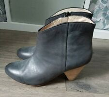 Lands End Canvas Leather Heeled Booties Gray 7 EUC