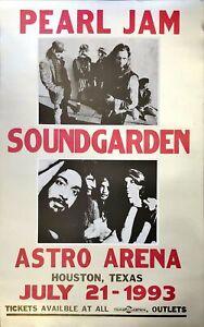 Pearl Jam & Soundgarden - Astro Arena - July 12 - 1993 (35.5x56cm)