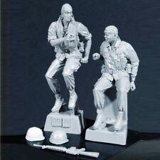 █ 1/35 Resin US 2 Soldiers on Rest Vietnam War BL139