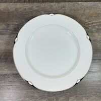 Oscar De La Renta AEGEAN L5545 Dinner Plates Set of 4 White Black Gold Shell