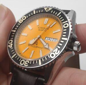 CITIZEN Quartz CRYSTRON Diver 4-212461 Yellow Quartz Watch Vintage 1980s