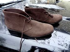 Banana Republic men's Desert Boots size 10 barely used EXCELLENT.