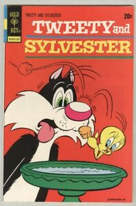 Tweety and Sylvester #30 May 1973 F/VF Birdbath cover