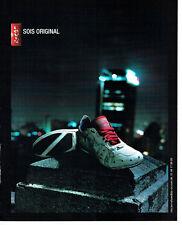 Publicité Advertising 127  2006  baskets Levi's