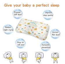Orthopädisches Babykissen gegen Verformung & Plattkopf +Lätzchen Geschenk
