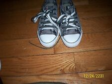 CONVERSE ALL STAR LOW TOP GRAY/PLAID 2 FOLD SNEAKERS Women's SIZE 5 MEN 3