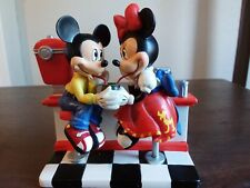 Mickey & Minnie's Sweethearts of the 50s, Shake Shop Figurine, #1141