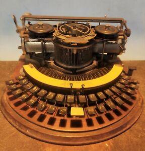 Circular Antique Typewriter HAMMOND ideal Curved Keyboard  wood box