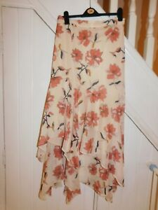 JOANNA HOPE PLUS SIZE, SIZE 32 - FULLY LINED LONG PRETTY FLORAL SKIRT