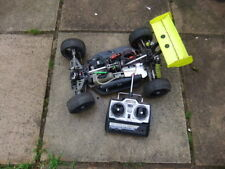 RADIO REMOTE CONTROL NITRO  RC CAR BUGGY THUNDER TIGER EB4 SPARES OR REPAIR 1/ 8
