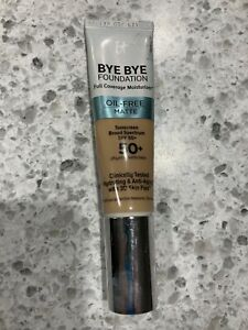 It Cosmetics Bye Bye Foundation Oil-Free Matte SPF 50+ 1oz MEDIUM Display