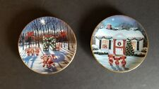 Bradford Exchange: Lot of 2 Mini Plates, R and H,  A Merry Little Christmas Set