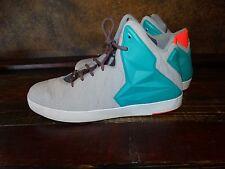 17715 Mens NIKE  LeBron BASKETBALL SHOES ~ Shoe size 13 ~ Lifestyle Miami Vice