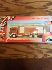 SIKU #3880 MERCEDES BENZ WATER CANNON FIRE TRUCK SCALE 1/50 NIB