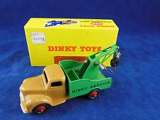 DINKY TOYS 430 camion de dépannage Commer Chassis Fauve Avec Vert Arrière