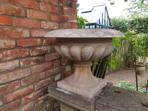 Natursteinvase, Gartenvase, Amphore, Gartenpokal, Steinamphore, Vase,