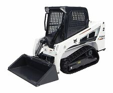 8111	Bobcat T450, 1:25 Universal Hobbies