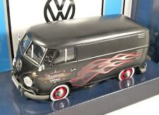 VOLKSWAGEN T1 Custom Garage Van in Black With Flames - 1/24 Scale Model MOTORMAX