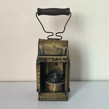 Ancienne lampe à pétrole en cuivre