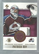 2001-02 Private Stock Game Gear #30 Patrick Roy SP (ref37347)