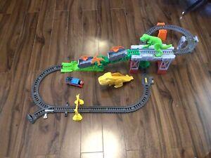 thomas the tank engine trackmaster sets Dino Escape Set