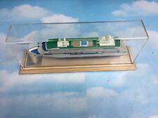 RADISSON SEVEN SEAS VOYAGER Model cruise ship scale replica 1:1200