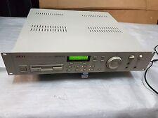 AKAI S 2000 SAMPLER