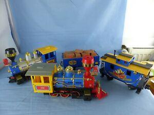 Ancien grand train ECHO TOYS LTD 2 locomotives + 2 wagons loco US années 80 E