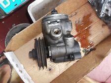 81 mercedes 380 sl power steering pump type 29 -  65 bars Sperry Vickers 11 2410