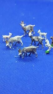 preiser ho/00 figures/people Handpainted goats and kids x 8