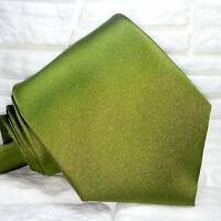 Top quality , Cravatta  nuova verde 100% seta Made in Italy Morgana brand