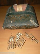 ANCIEN COUSSIN OU CARREAU DE DENTELIERE DENTELLE AU FUSEAU XIX BOIS COLLECTION