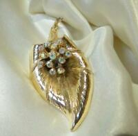 WOW Gold Tone AB Rhinestone Flower Large Vintage 60's Brooch Super Pretty 192Ap8
