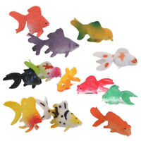 24 Kunststoff Mini Gold Fisch Kinder Spielzeug Tier Figuren Party Geschenk