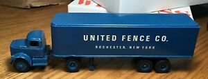 Winross White 9000 United Fence Tractor/Trailer 1/64