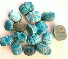 24 Vintage Turquoise Glazed Ceramic Scarab Beads 15 to 17mm - Big Hole - Detail