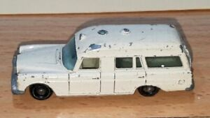 "MERCEDES BENZ ""BINZ"" AMBULANCE ~ Matchbox Lesney 3 C ~ Made in England in 1968"