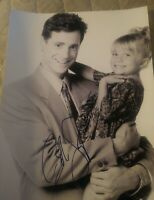 BOB SAGET SIGNED 8X10 PHOTO FULL HOUSE DANNY OLSEN TWINS W/COA+PROOF RARE WOW