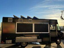 Custom Food Truck Chevy P30 Diesel in California Will Ship Out Of State!