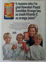 1971 Hawaiian Punch Sunshine orange juice drink blond boys and Mom vitamin C ad