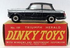 Voitures, camions et fourgons miniatures Dinky pour Triumph