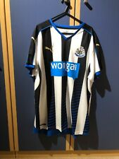 NEWCASTLE UNITED BLACK & WHITE FOOTBALL SHIRT Size XL