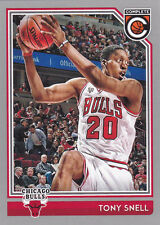 TONY SNELL CHICAGO BULLS 2016-17 PANINI COMPLETE SILVER PARALEL CARD #39