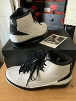 15' Jordan Retro 2's (Wing IT) Wht/Blk Mens Sz 11 (in Great Condition)